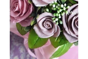 Роза бархатная малая