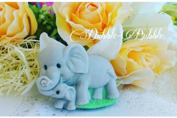 Слоник с детенышем
