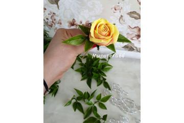 Листья под цветок универсальный 100гр